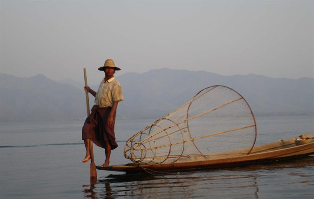 Myanmar: Inle Lake - Mandalay