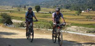Mountainbiking i Kathmandu Valley