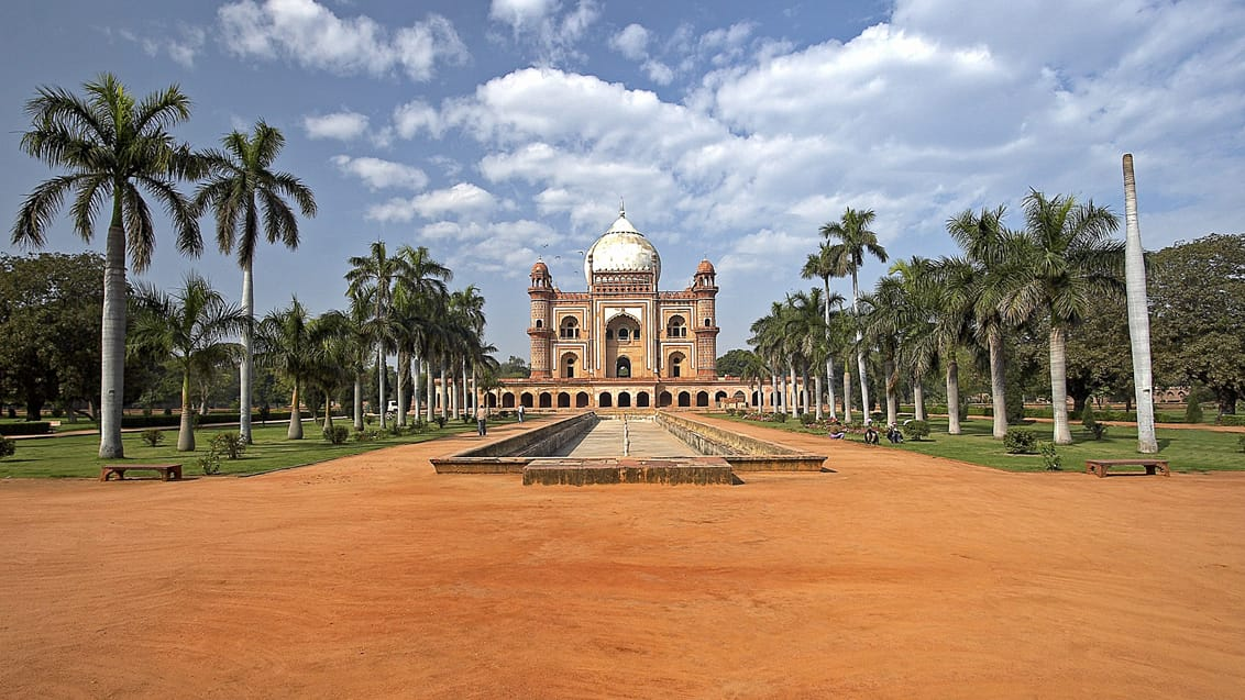 Tomb of Safdarjung i New Delhi, India